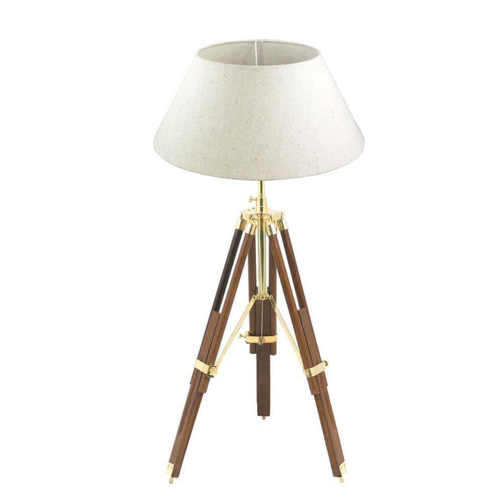 Lampada da tavolo con treppiede regolabile